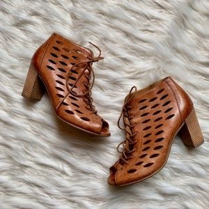 Paul Green Leather Lace-Up Sandal Heels